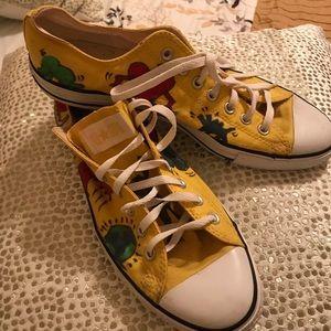 yellow converse , size 12
